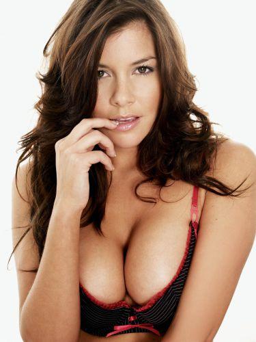 фото женщины с большой грудью